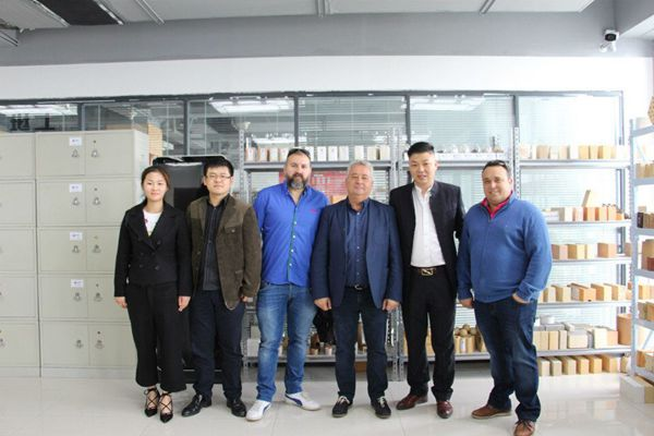 Spanish customers visit Rongsheng refractories